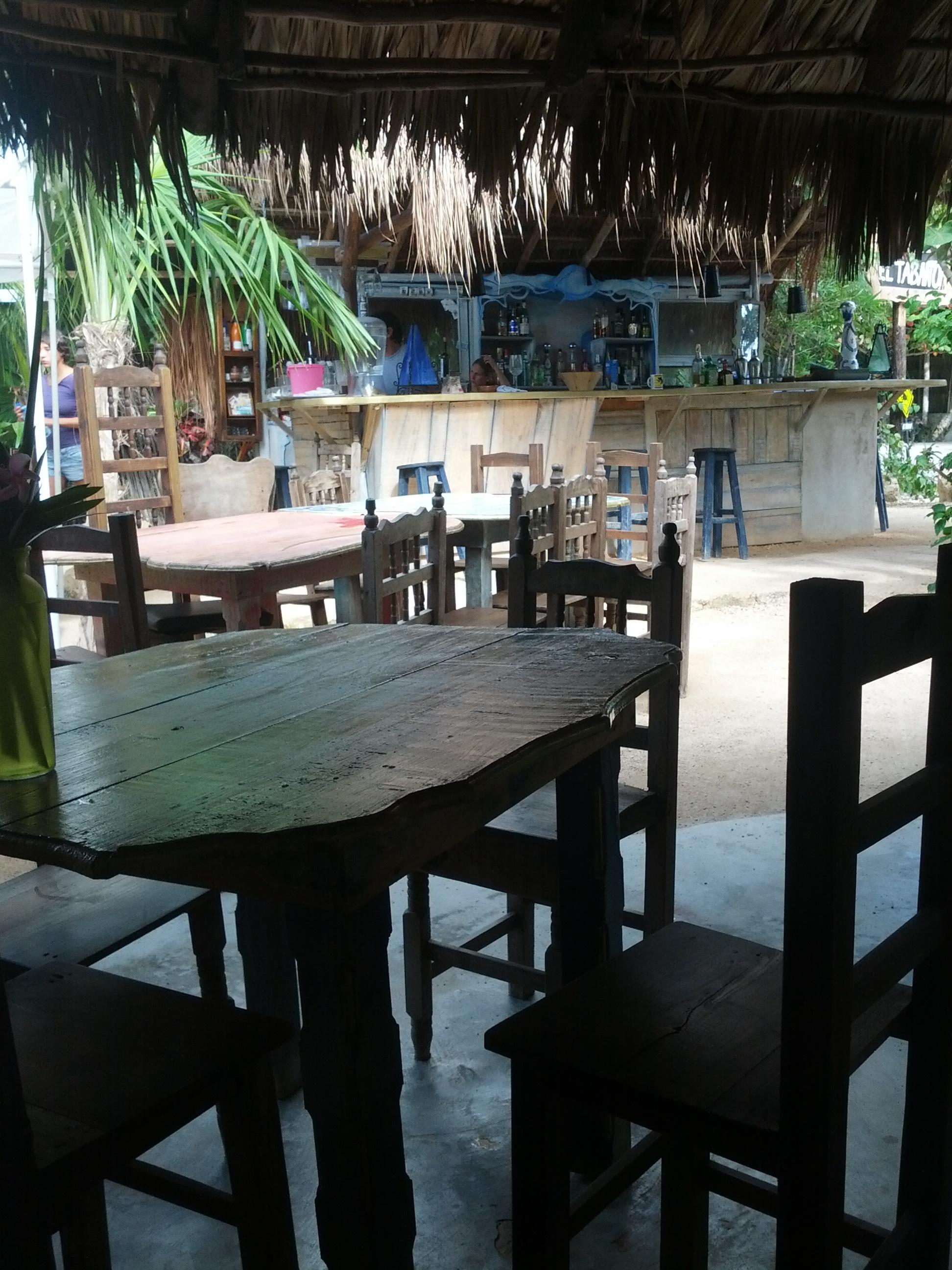 Laid back El Tábano restaurante at the Tulum beach strip